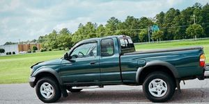 Tacoma 2002 4X4 tOYOTA for Sale in Milwaukie, OR