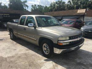 2002 chevy silverado for Sale in Tampa, FL