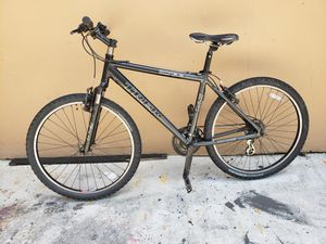 Trek Mountain Bike for Sale in Miami, FL