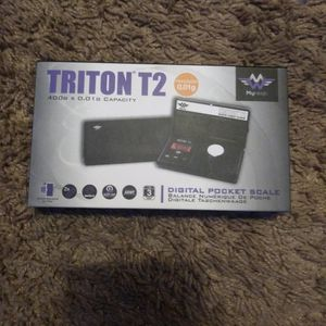 Scale (TRITON T2) BRAND NEW! for Sale in Orange, CA