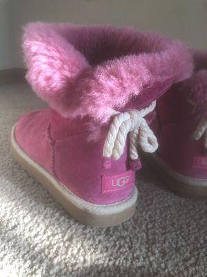 Short Magenta Ugg Boots for Sale in Detroit, MI