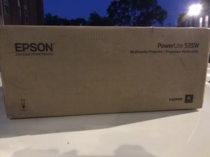 Epson Powerlite 535W Projector for Sale in Chicago, IL