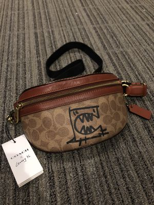 Coach x Guang Yu waist bag for Sale in Canyon Country, CA