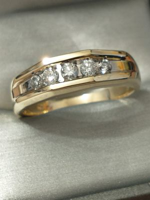 10K Yellow Gold 1/2ctw Diamond Men's Band Ring for Sale in Costa Mesa, CA