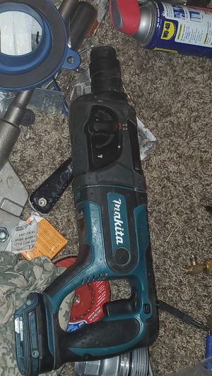 Makita SDS rotary hammer for Sale in Bakersfield, CA