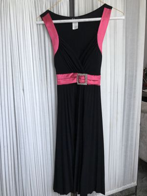 Pink and black dress with jewel belt size small (junior) for Sale in Naperville, IL