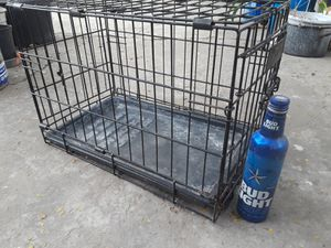 Small/medium pet kennel for Sale in Brownsville, TX