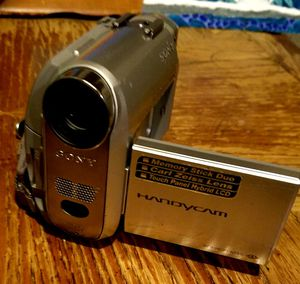 Sony DCR-HC30 MiniDV Digital Handycam Camcorder w/10x Optical Zoom for Sale in Grove City, OH