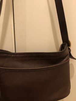 Vantage coach medium bag dark brown for Sale in Seattle,  WA
