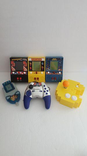 Min in Arcade + plug in TV games for Sale in Bellevue, WA