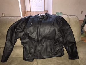 Very large men's leather jacket for Sale in Tacoma, WA