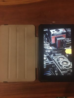 Kindle w/ full black leather case for Sale in Herndon, VA
