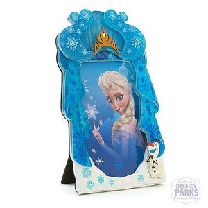 Disney Parks Frozen Elsa 4x6 Photo Frame with Olaf New Serious inquires only please Pick up location in the city of Pico Rivera for Sale in Pico Rivera, CA