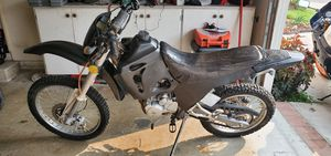 2006 Dual sport full size Enduro clean title starts up only 20 miles on bike for Sale in Hawaiian Gardens, CA