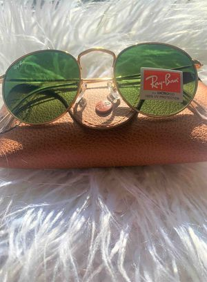 Brand New Authentic Round Sunglasses for Sale in Bakersfield, CA