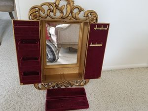 Jewellery wall mounted box for Sale in Harrisonburg, VA