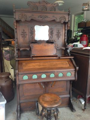 Antique furniture for Sale in Davidsonville, MD