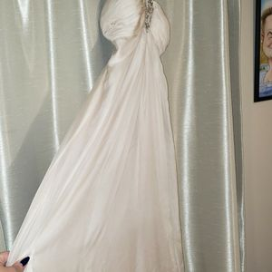 Champagne Neiman Marcus Bridesmaid/ Prom Dress for Sale in Bothell, WA