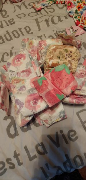 21 various honest newborn diapers for Sale in Houston, TX