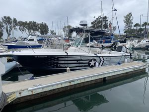26 foot Striper center Console. Runs and looks PERFECT for Sale in MONARCH BAY, CA