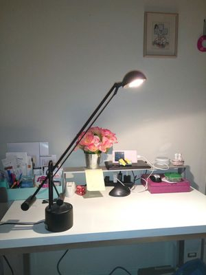 Table lamp (long arm and adjustable) for Sale in NC, US