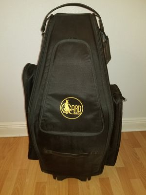Gard saxophone wheelie Bag in Synthetic with leather trim fits Both Tenor and Soprano, Tenor and Alto for Sale in Miami, FL