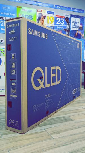Samsung 85 inch - QLED - Q80T Series - 2160p - Smart - 4K UHD TV with HDR - Brand New in Box - Retails for $3799+Tax !! $50 DOWN / $50 WEEKLY !! for Sale in Arlington, TX