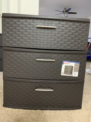Sterilite Weave 3 drawer for Sale in Lewis Center, OH