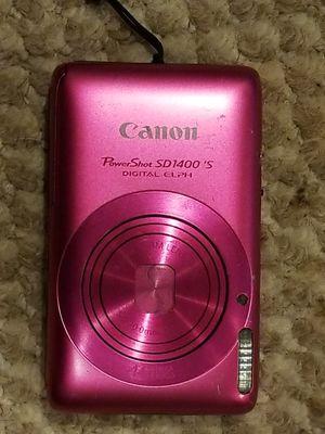 Canon 14.1 mega pixel digital camera for Sale in Sterling, VA
