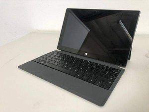 Microsoft Surface 32 GB Model 1516 for Sale in Santa Ana, CA