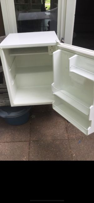Mini fridge with freezer for Sale in North Potomac, MD