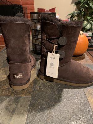 PEGIA NATURALLY Boots for Sale in Chula Vista, CA