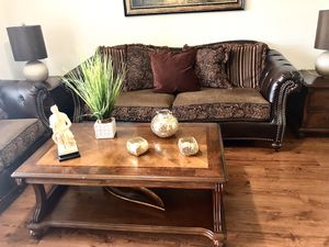 Living Room Set ( 7 iteams ) for Sale in Miami, FL