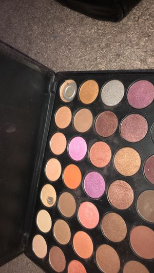 Make up for Sale in Vancouver, WA