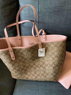 Reversible Tote Bag Coach with wallet for Sale in Phoenix, AZ