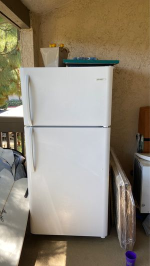 Crosley fridge/freezer great condition for Sale in San Diego, CA