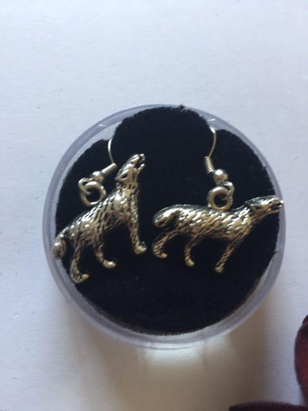 3d wolf earrings.