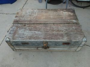 Late 1800 wooden suitcase for Sale in Mesa, AZ