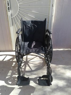 Wheel chair for Sale in Tucson, AZ