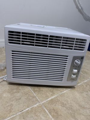 GE Window AC unit 5050 BTU for Sale in Plantation, FL