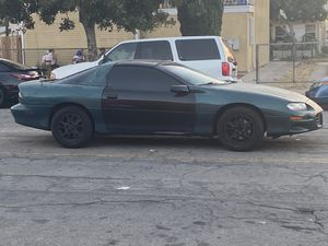 2000 Chevrolet Camaro Automatic for Sale in Long Beach, CA