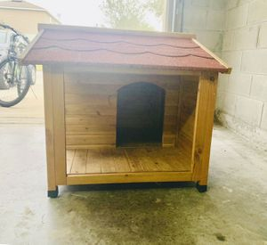 Wood Rustic Dog House for Sale in CHAMPIONS GT, FL