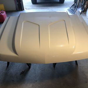 07-13 White Silverado Cowl Hood for Sale in Smithfield, RI