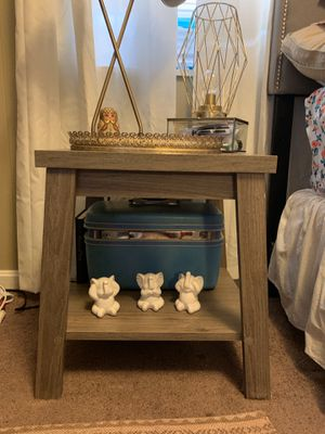 Night stand / End Table for Sale in Tuscaloosa, AL