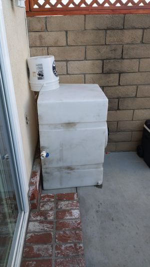 100 gallon water tank for Sale in South Gate, CA