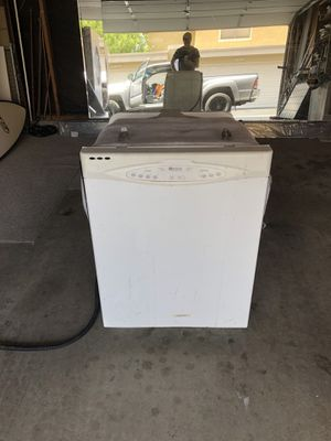 Maytag Quiet Series 100 White Dishwasher for Sale in Poway, CA