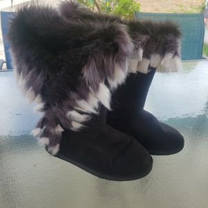 Fuzzy Fury Faux Suede Boots for Sale in Montebello, CA