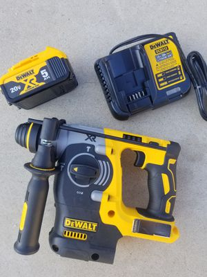 """20 V DeWalt XR Brushless 1"""" SDS Rotary Hammer with 5.0 XR battery and Charger Brand NEW for Sale in Bakersfield, CA"""
