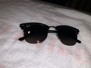 Men's Ray Ban Clubmater Sunglasses for Sale in Lubbock, TX