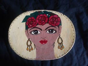 FRIDA KAHLO HAND PAINTED BOX for Sale in Phoenix, AZ